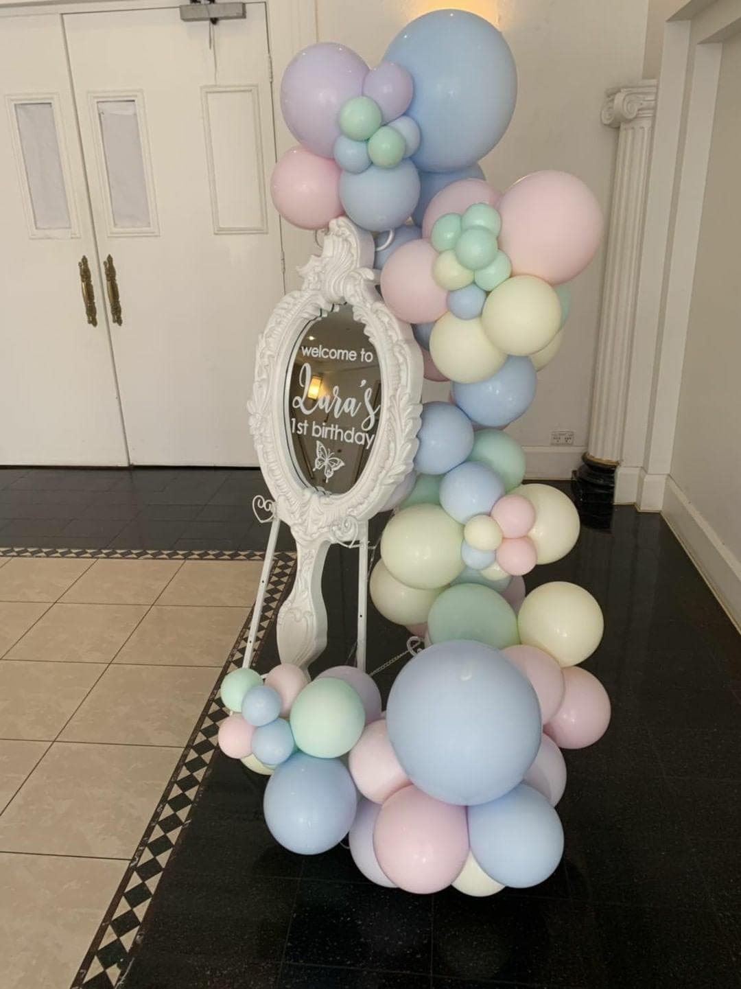 Organic Balloon Garland Bubble Moo Balloons